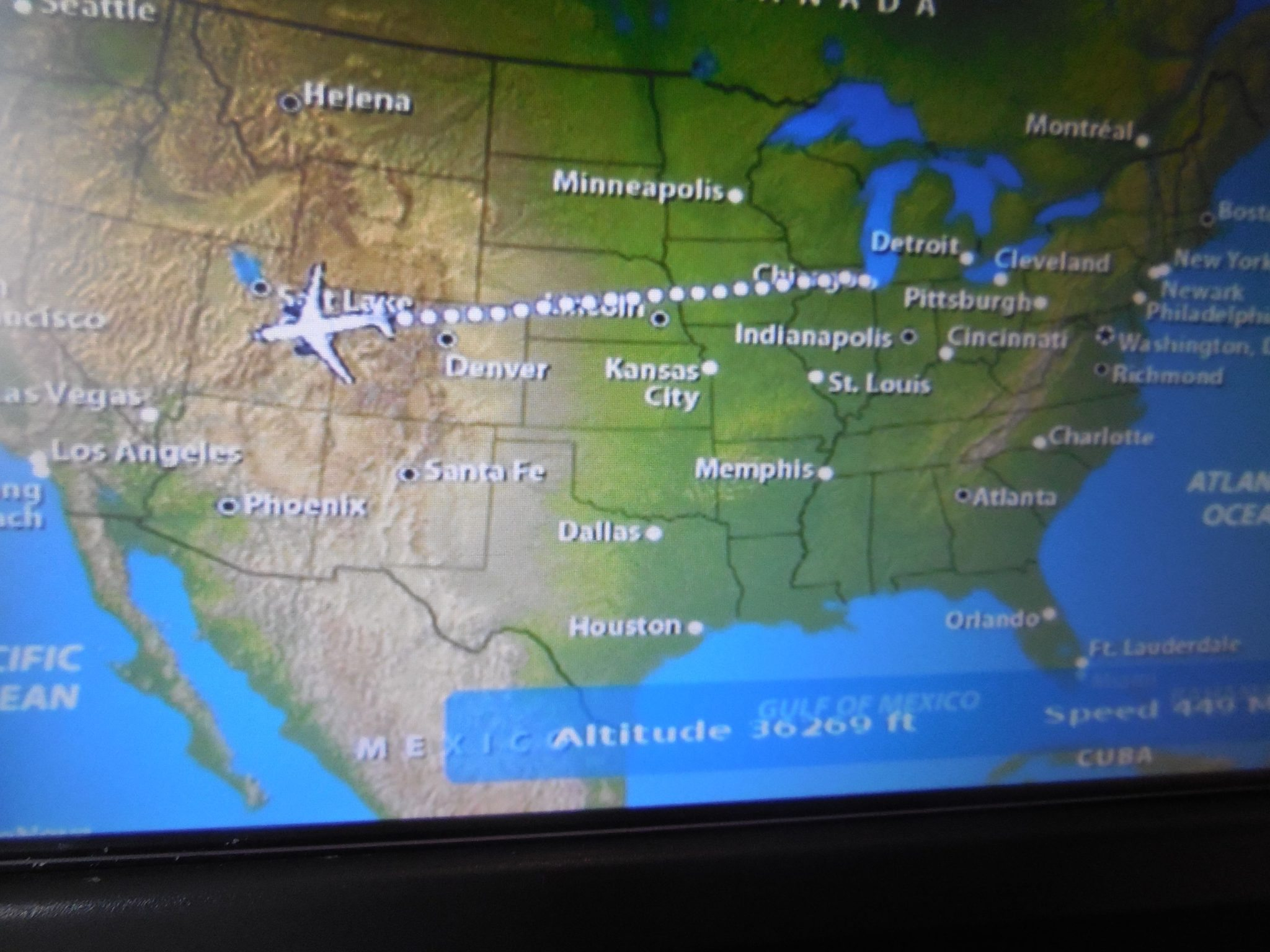 United Airlines  First Class ChicagoSan Francisco - Chicago map gps