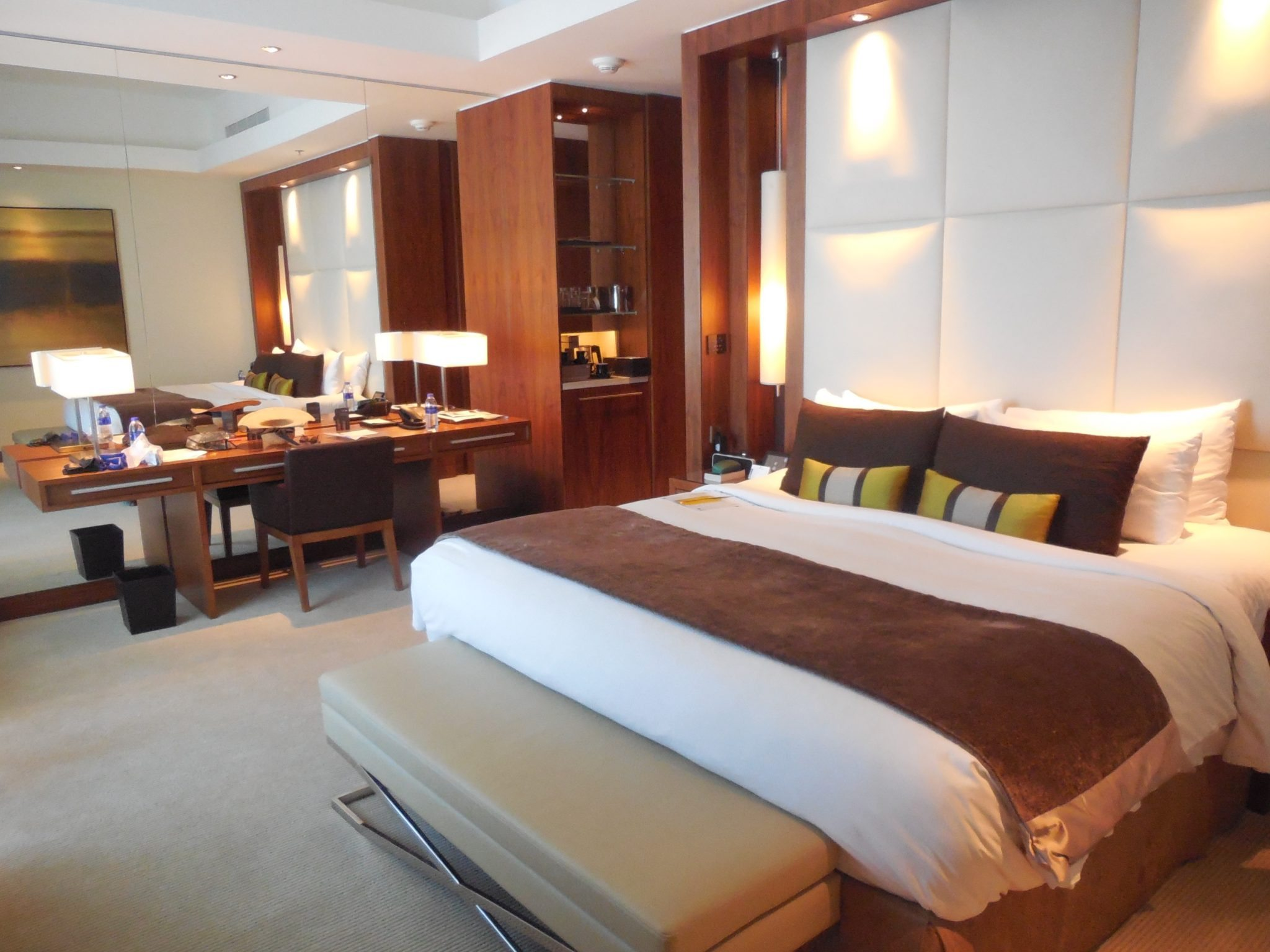 Review Of Luxurious 5 Star JW Marriott Marquis Hotel Dubai Travels With Sh