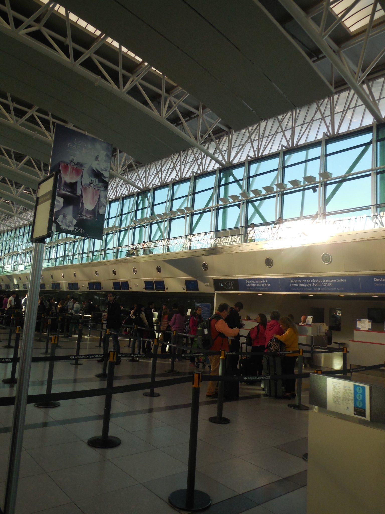 Aeroporto Eze : Buenos aires ezeiza international airport eze and star alliance